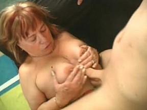 Онлайн порно между сисек толстушек фото 597-821